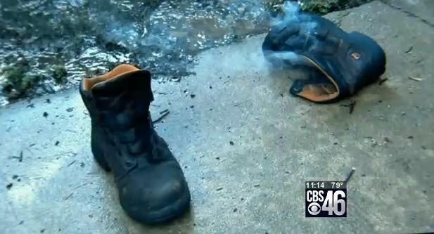 lightning_shoe-smoking