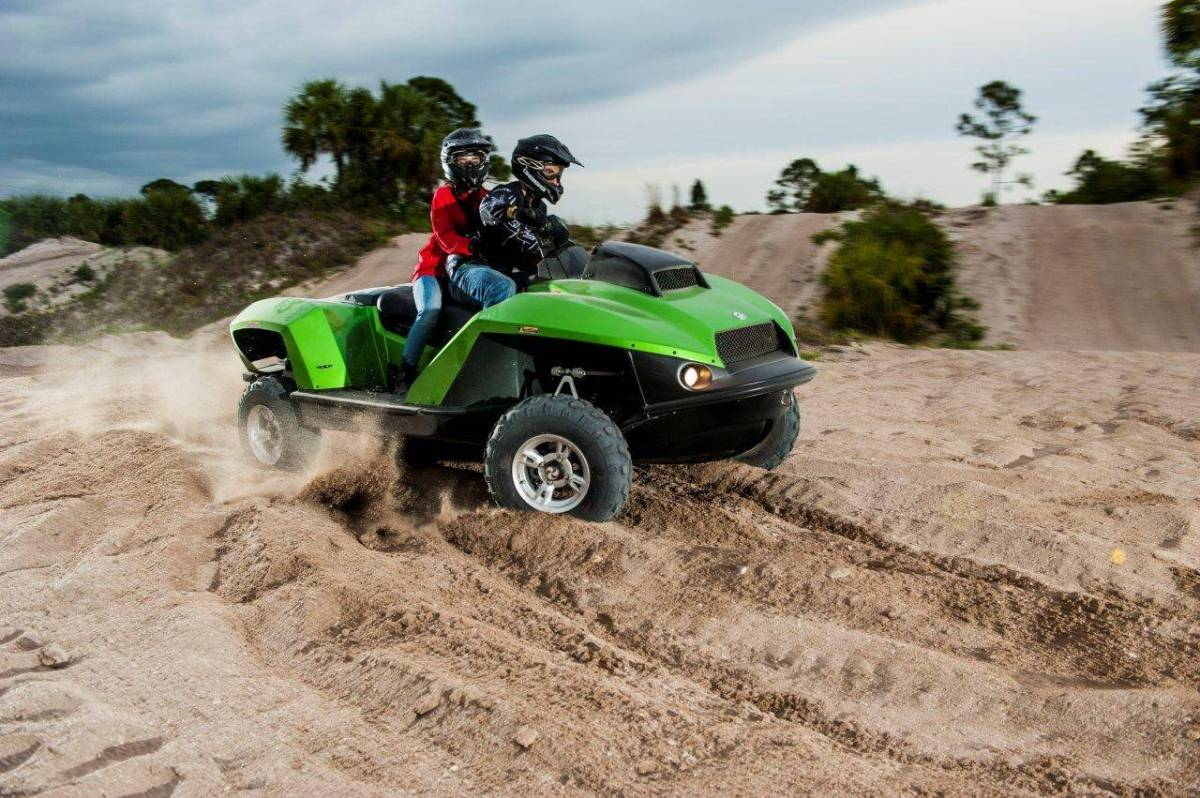 Dual-Mode Quadski XL is as functrional on land as it is on water.