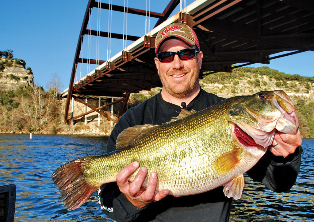ShareLunker No. 514 Billy Weems with a 13.21 pound bass caught on Lake Austin in February 2011