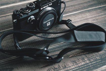 DSPTCHのカメラストラップを買いました