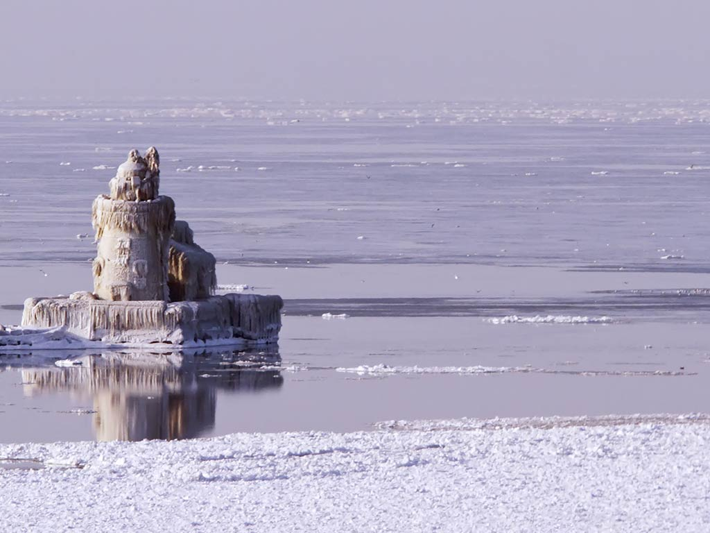 The Cleveland Harbor West Pierhead Lighthouse on Lake Erie