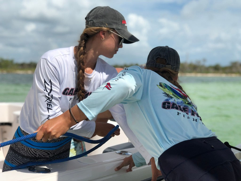 the Gale Force Twins tying a boat