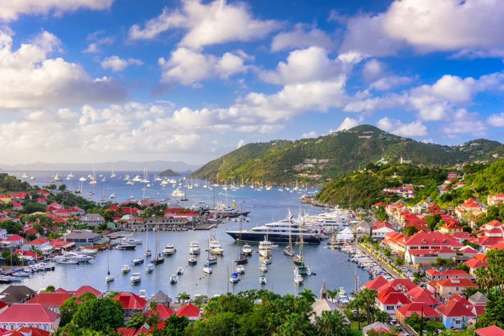 areal view of st Barts marina