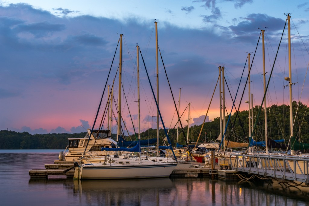 tennessee river charters in alabama