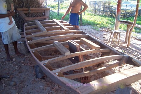 The box for the removable keel is put in place