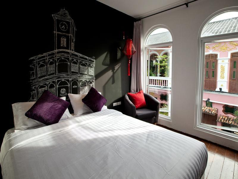 Cheap guesthouse Phuket Town