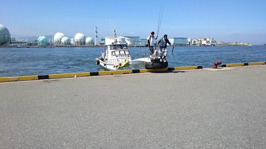 【渡船初体験】博多湾沖堤防でシーバス釣りに行ってきました
