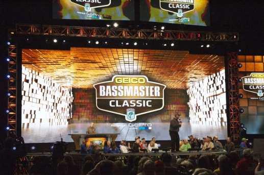 bassmasterclassicstage