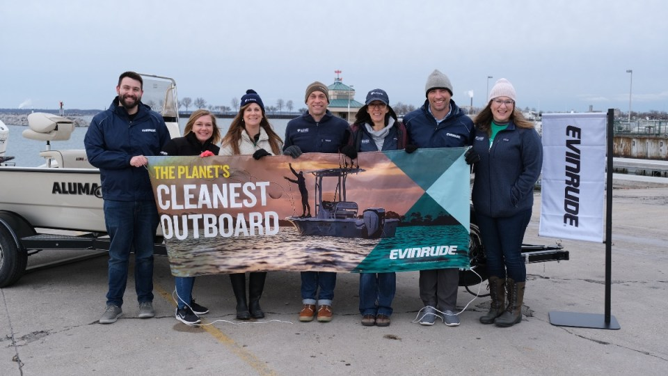 Evinrude Donates New Boat and Engine to Milwaukee Riverkeeper at Annual Spring Cleanup