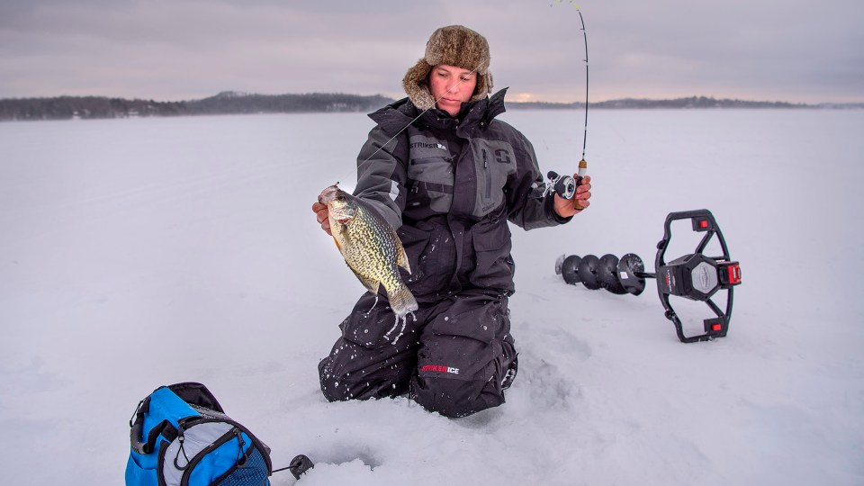 Lowrance Gives You the Edge On Ice Fishing