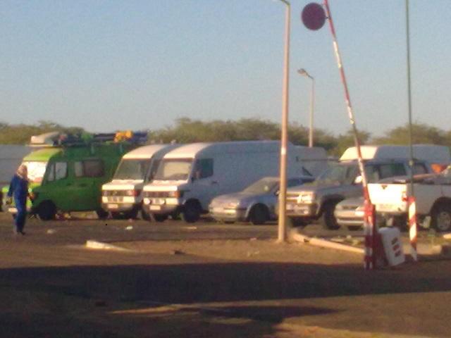 Diama border crossing