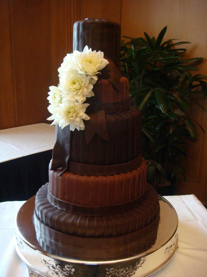 Chocolate Wedding Cake Fishncakes