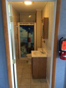 Oneida Lake Cabin with bathroom