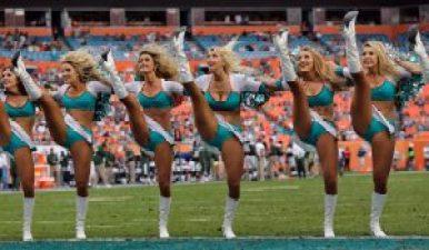 nfl-cheerleaders-bang-week-17
