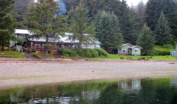 The Whaler's Cove Lodge beachfront