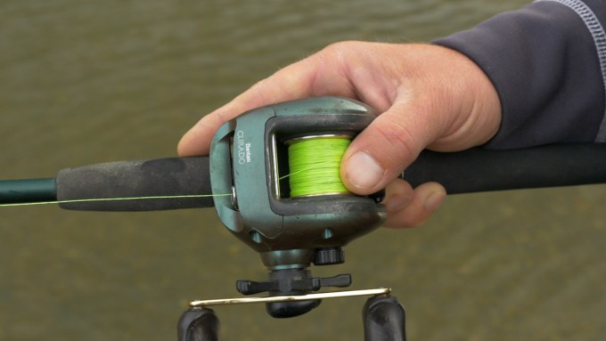 fishing-reel-close-up
