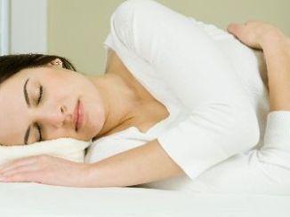 Cuatro Consejos para Cuidar tus Articulaciones mientras Duermes