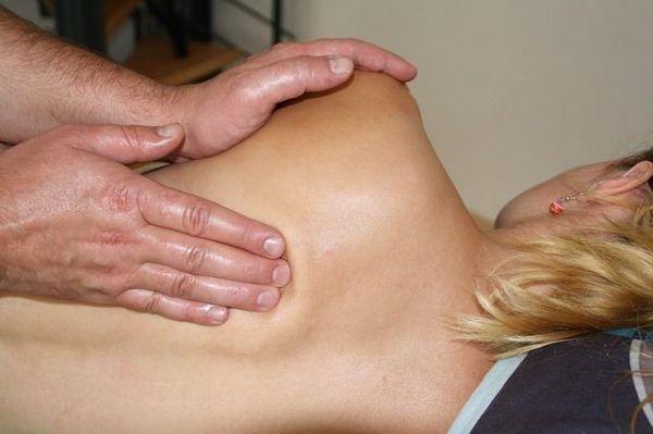 massage-486700_640