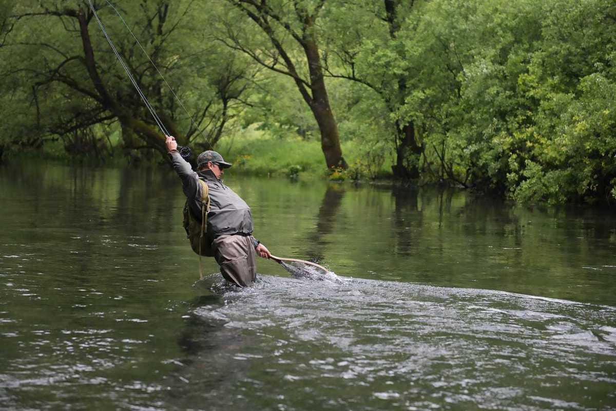 Fiskerejse-til-Bosnien---malthe-netter-stalling