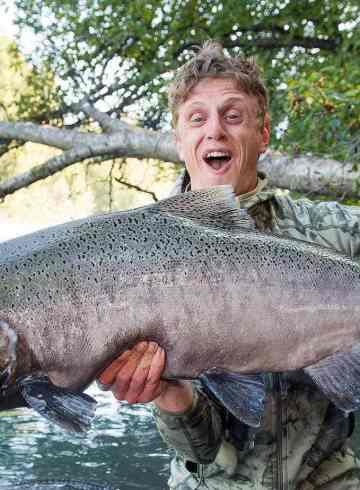 Fiskerejser og fiskeeventyr Malthe-med-stor-kongelaks-fra-Nass