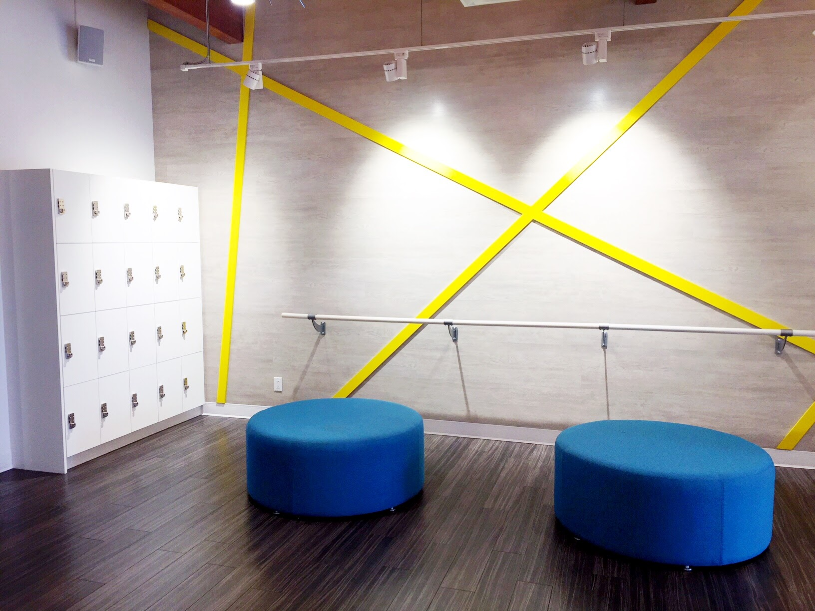 Xtend Barre's waiting room