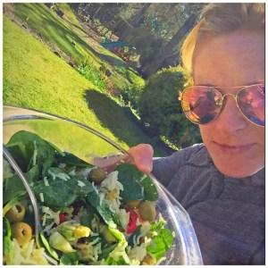 spinach-olives-tomatoes-avocado-rice-feta-salad