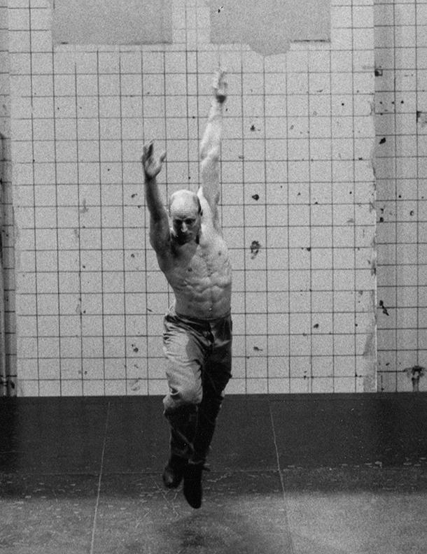 Robert Allen Fit and Bendy Instructor