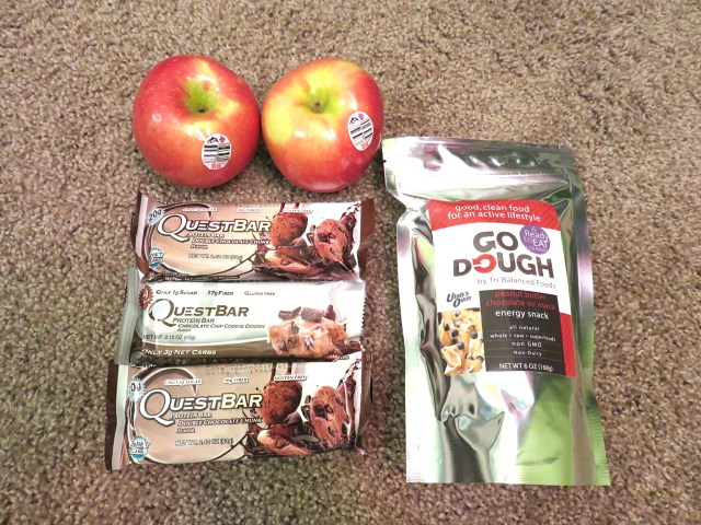 packing snacks to stay fit