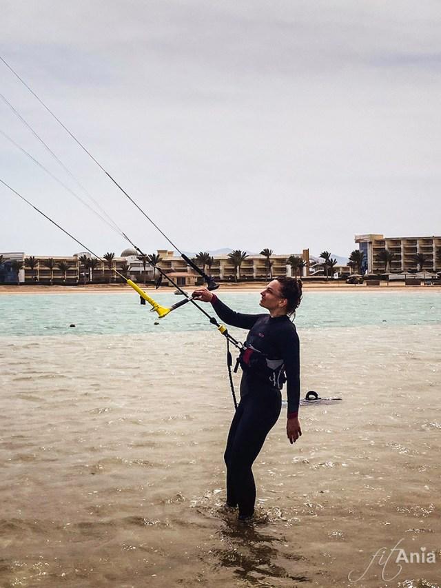 Po dwóch kiepskich sezonach wróciłam do kiteboardingu w Soma Bay :)