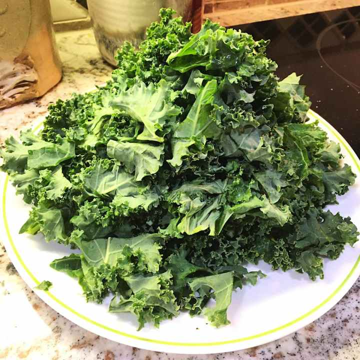 chopped kale for turkey meatball kale soup