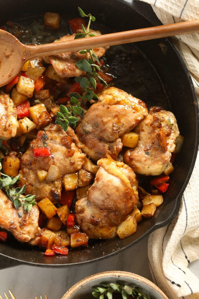 Roast chicken and potatoes that look so delicious in a cast iron frying pan