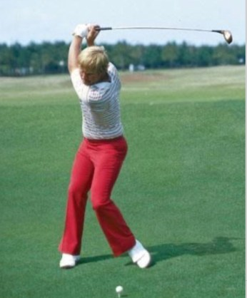 Jack Nicklaus rotates for faster club head speed