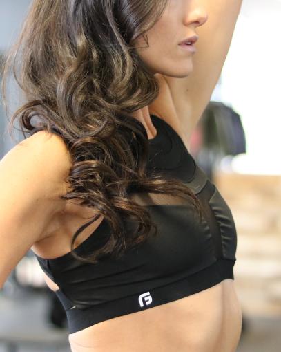 sculpt black sports bra
