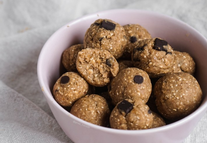Vegan and healthy protein cookie dough bites