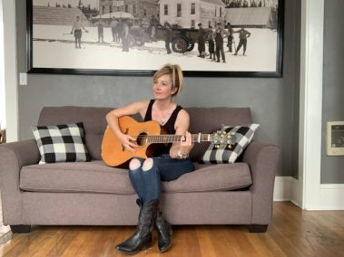 Dawna Stafford | Spokane and Coeur d'Alene Acoustic Musician