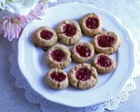 Paleo Strawberry Shortbread Cookies made with naturally-sweetened strawberry jam. A delicious paleo treat!