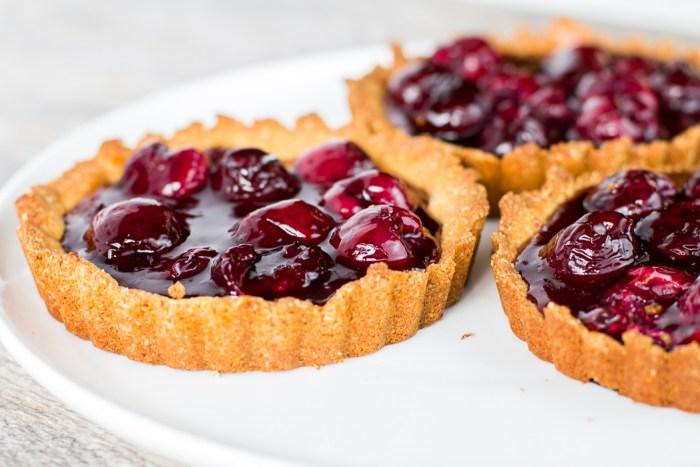 Paleo Cherry Tarts