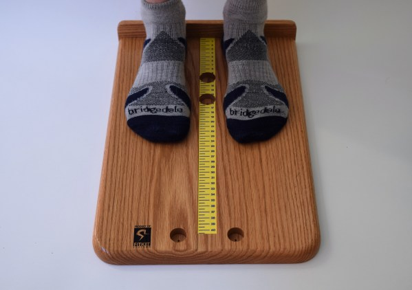 measuring foot length