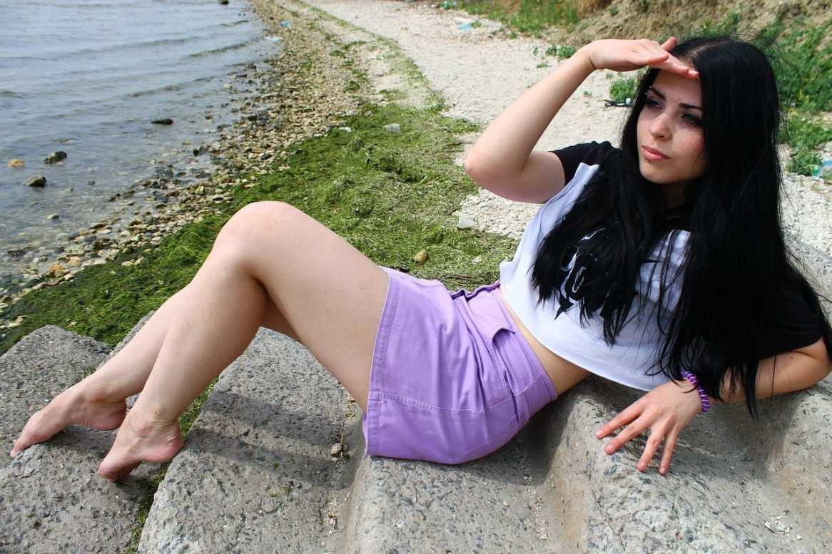 donne in minigonna