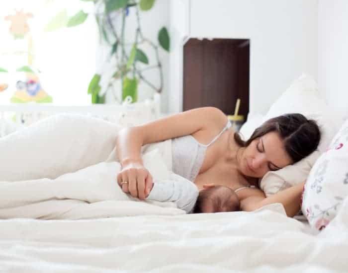 breastfeeding side lying