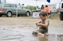 kid-playing-in-mud