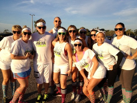 people-posing-color-vibe-5k