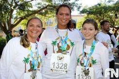 female-race-contestants-5k-turkey-trot