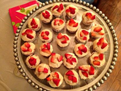 Mini Strawberries & Cream Cupcakes