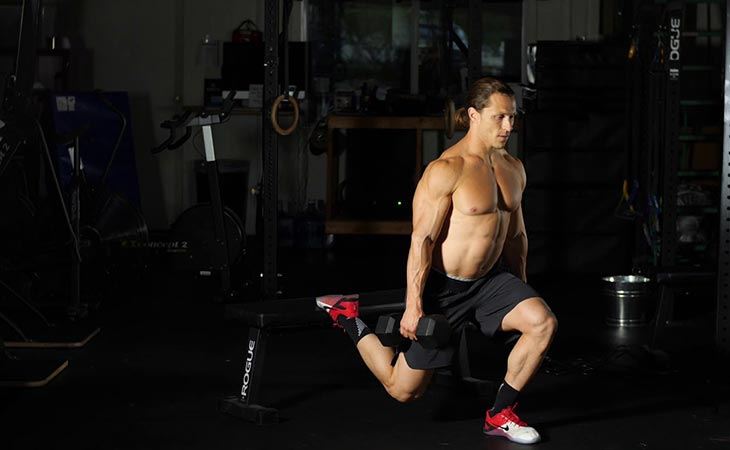 Man Doing The Rear Foot Elevated Split Squat For Legs