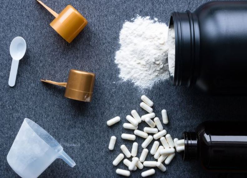 Creatine and whey supplements