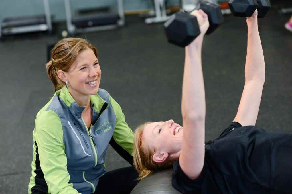 how to hire the right personal trainer