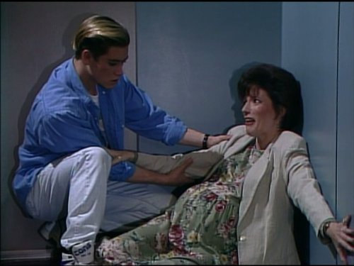 Remember this episode of Saved by the Bell?!  Source: http://www.imdb.com/title/tt0695191/plotsummary