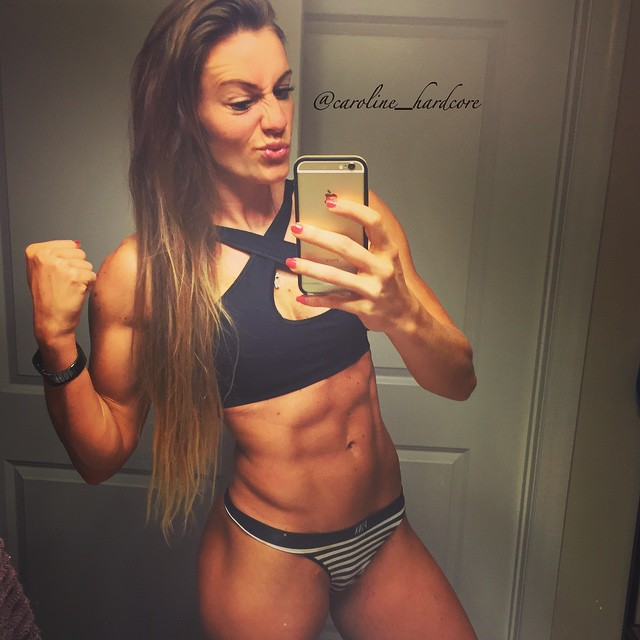 Caroline Priscila (15)
