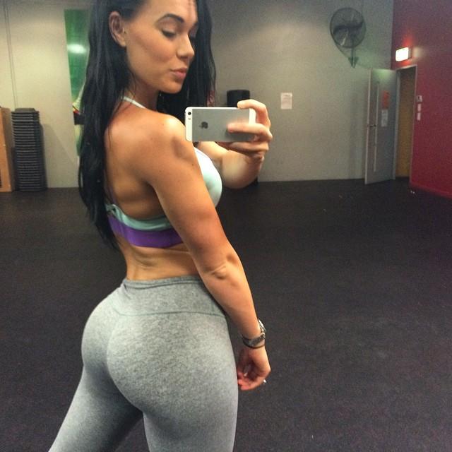 Shannah Baker (32)